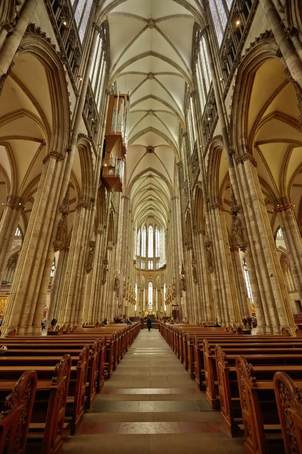 Inside the Cathedral Photo Credit: Koln Tourismus