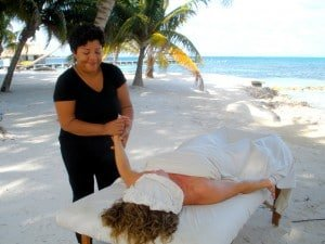 Massage on Beach - Victoria House © Susanna Starr