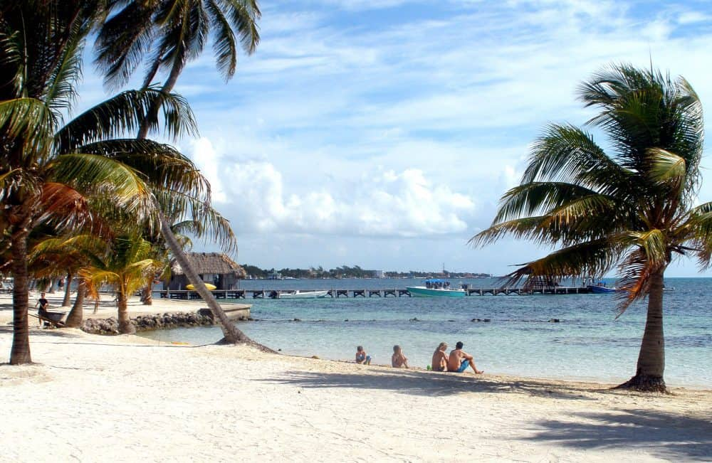 Traveling the Belize Caribbean for Luxury: Victoria House and Chabil Mar Villas