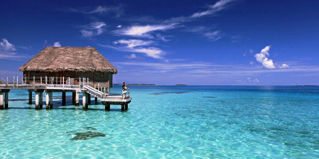 Tahiti: By Land or Sea?