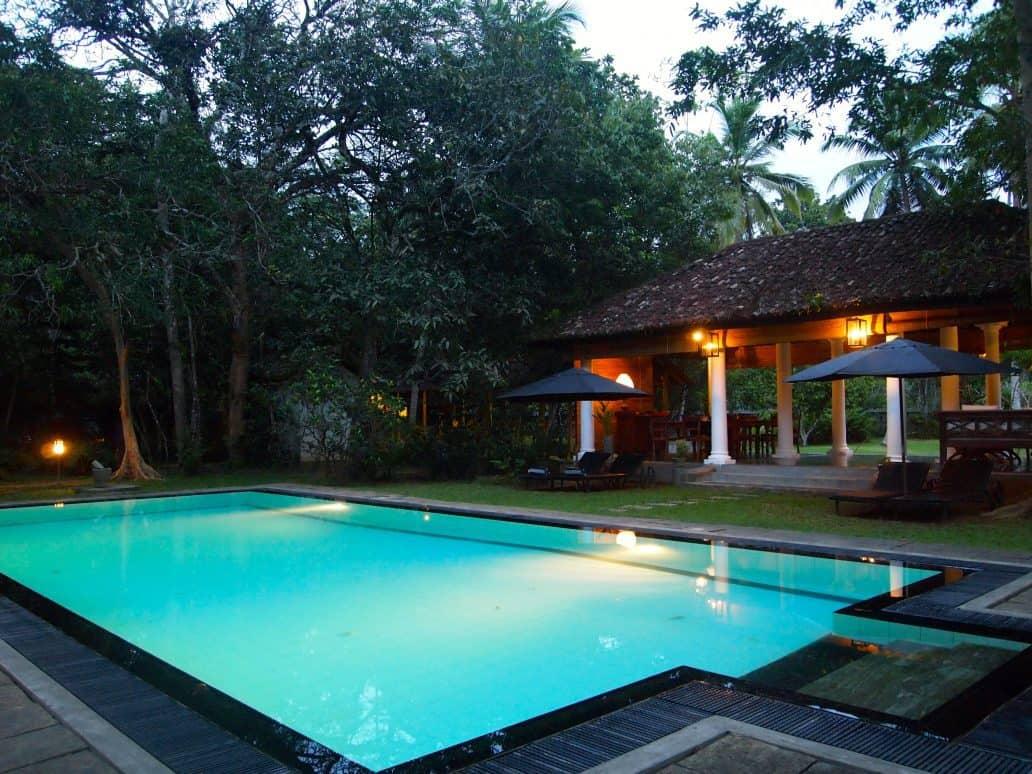 Grounds and pool of Nisala Arana. FWT Magazine.