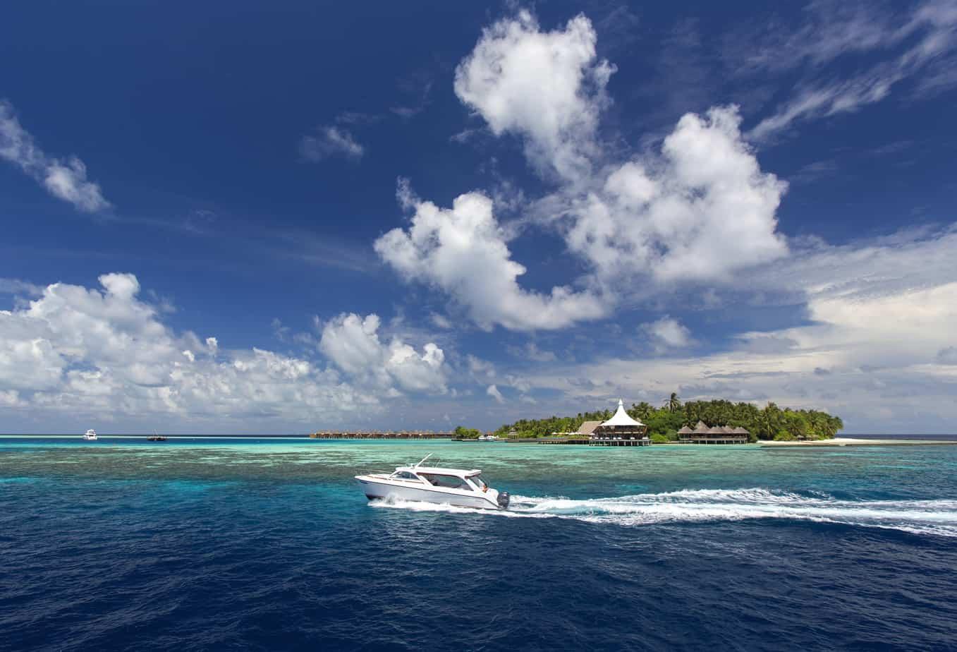 Maldives. FWT Magazine.