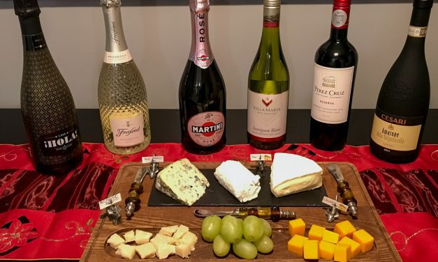 3 Ways to Organize a Wine Tasting Get-Together
