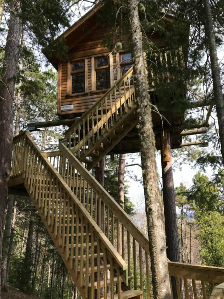 tree_house_quebec