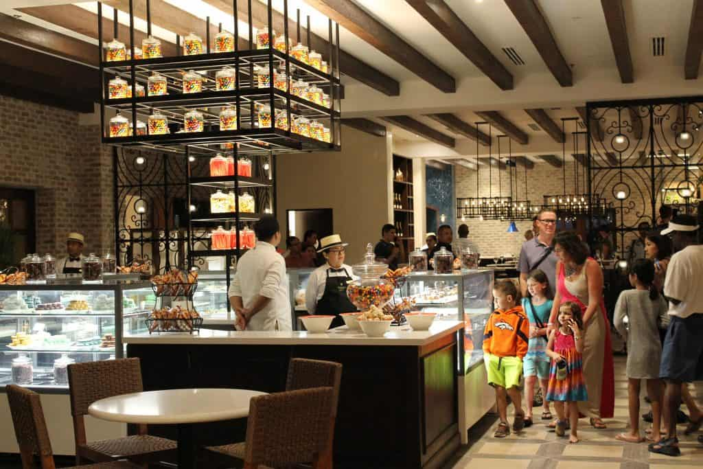 Dining for multi-generational travel