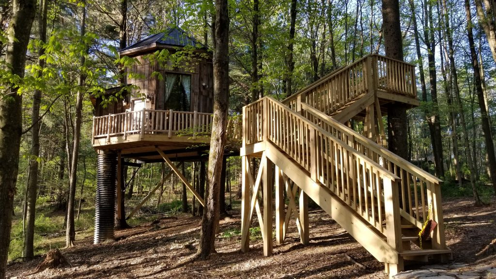 The El Castillo Treehouse at Mohicans Treehouse Resort in Glenmont, Ohio