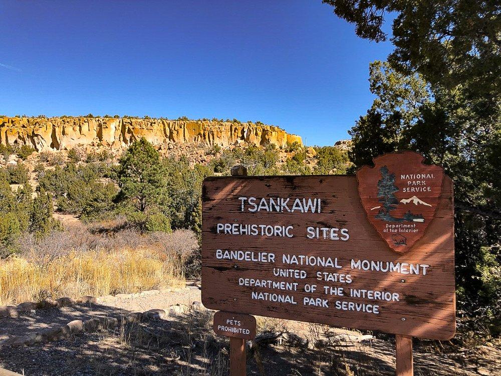 Mesa view at Tsankawi in Bandelier National Monument, Santa Fe