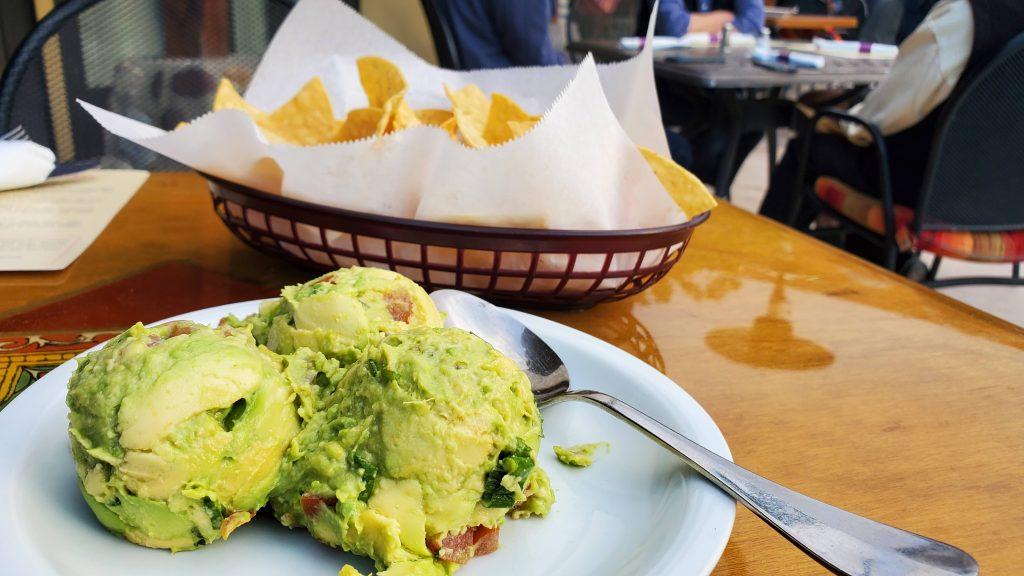 Guacomole ngon nhất tại Palm Springs tại El Mirasol